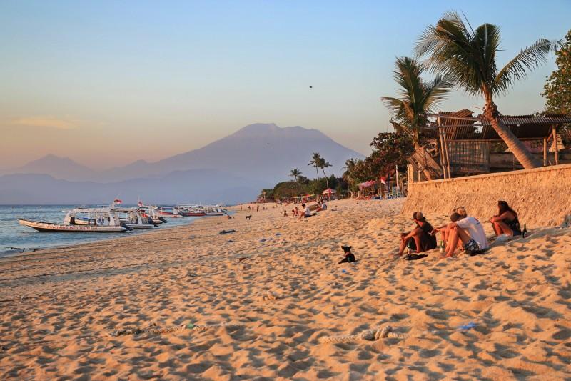 Pondok-baruna-Sea-view-beach